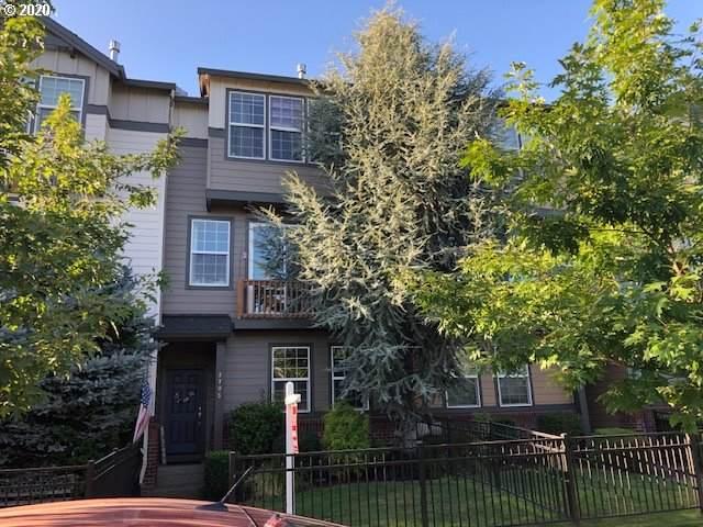 3705 E Oak Grove St, Newberg, OR 97132 (MLS #20065429) :: Cano Real Estate