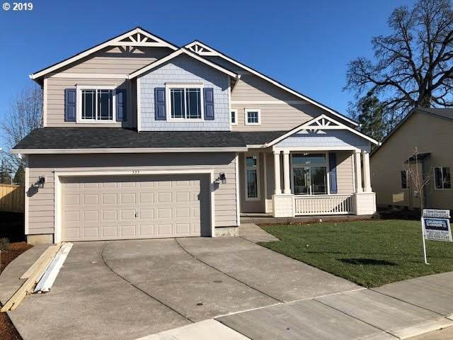698 Stewart Dr, Molalla, OR 97038 (MLS #20092914) :: Townsend Jarvis Group Real Estate