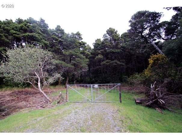 Lower Fourmile Ln, Bandon, OR 97411 (MLS #20099619) :: Holdhusen Real Estate Group