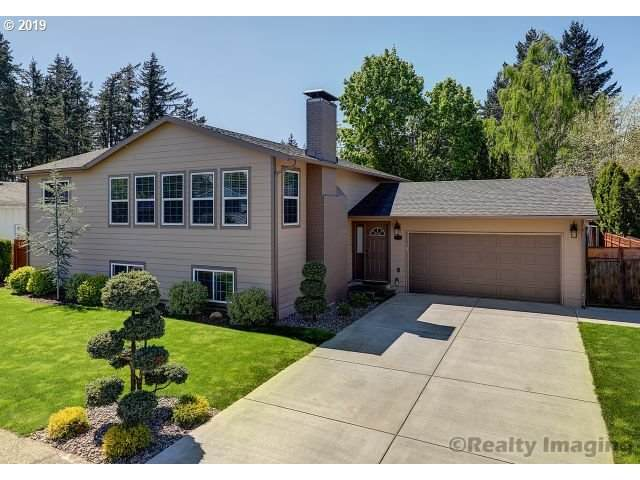 739 SE 207TH Ave, Gresham, OR 97030 (MLS #20107443) :: Next Home Realty Connection