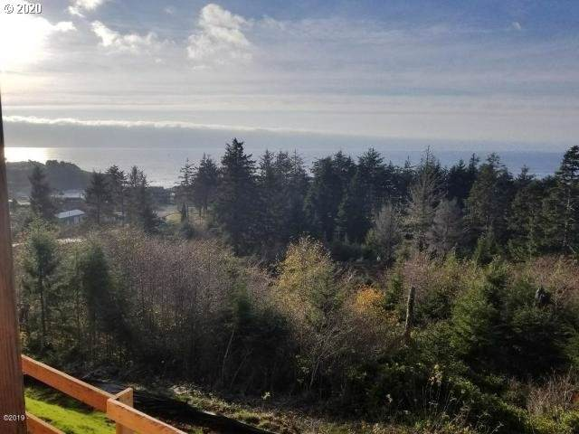 735 NE Lillian Ln, Depoe Bay, OR 97341 (MLS #20109263) :: Townsend Jarvis Group Real Estate
