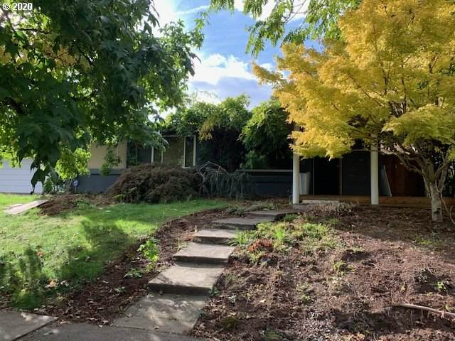 6125 SE 23RD Ave, Portland, OR 97202 (MLS #20127450) :: Premiere Property Group LLC