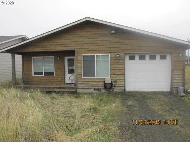 613 NW Inn Way, Waldport, OR 97394 (MLS #20127617) :: TK Real Estate Group