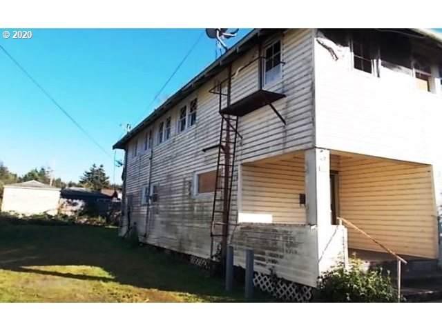 362 N Elliott St, Coquille, OR 97423 (MLS #20177296) :: Townsend Jarvis Group Real Estate
