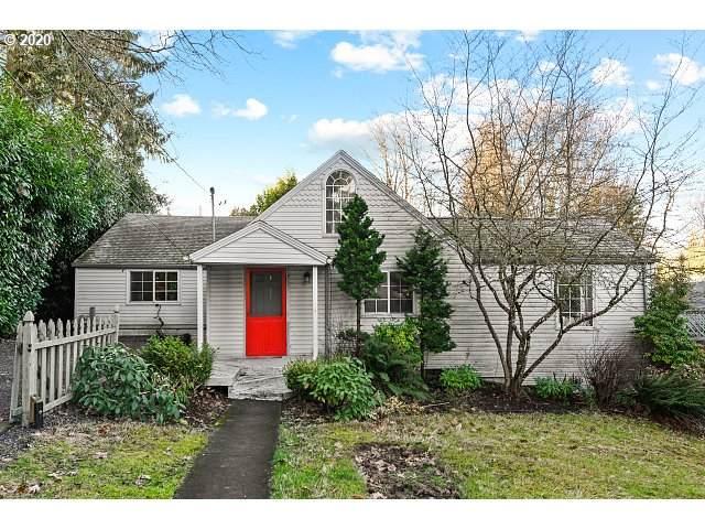 9271 SW Brier Pl, Portland, OR 97219 (MLS #20186172) :: McKillion Real Estate Group