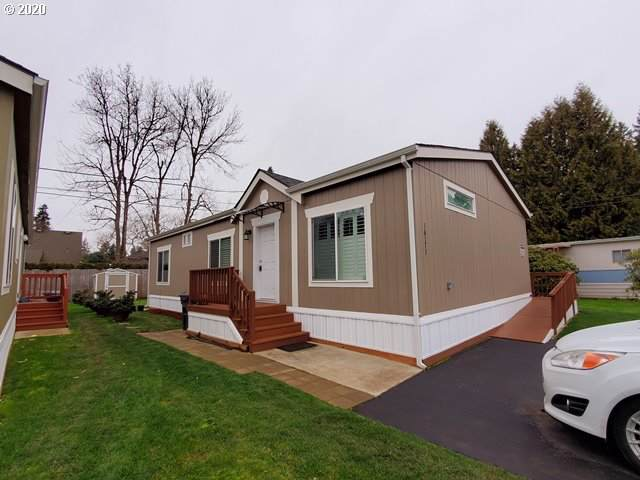 16171 SE 79TH Ave, Milwaukie, OR 97267 (MLS #20202481) :: McKillion Real Estate Group