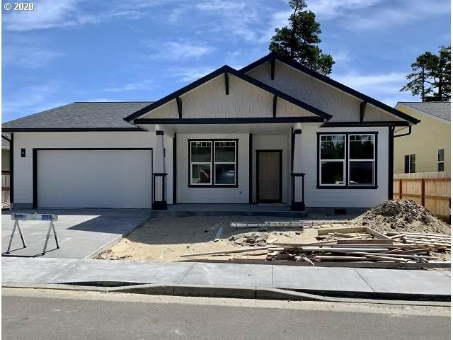4080 Nandina Dr, Florence, OR 97439 (MLS #20220318) :: Change Realty