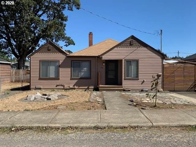 226 NW Wade St, Estacada, OR 97023 (MLS #20222284) :: Brantley Christianson Real Estate
