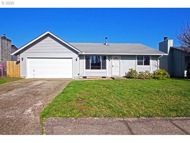 1556 E Chamberlain Ave, Cottage Grove, OR 97424 (MLS #20248171) :: Townsend Jarvis Group Real Estate