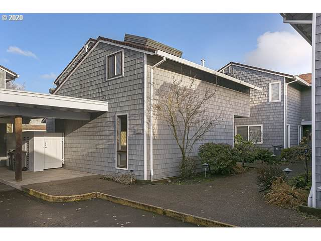 623 N Tomahawk Island Dr, Portland, OR 97217 (MLS #20250877) :: Fox Real Estate Group