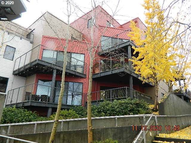 820 NW Naito Pkwy G6, Portland, OR 97209 (MLS #20304211) :: Premiere Property Group LLC