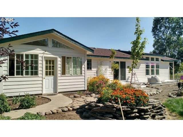 75239 Upper Diamond Ln, Wallowa, OR 97885 (MLS #20337447) :: McKillion Real Estate Group