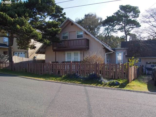 2290 NW Jetty Ave, Lincoln City, OR 97367 (MLS #20338579) :: Change Realty