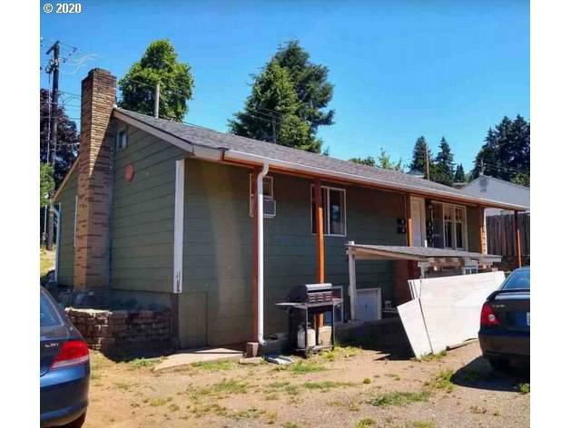 2901 E 13TH St, Vancouver, WA 98661 (MLS #20350829) :: Fox Real Estate Group