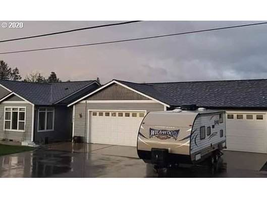 382 Plat M Rd, Sutherlin, OR 97479 (MLS #20357680) :: Townsend Jarvis Group Real Estate