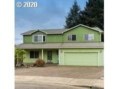 2822 Walnut Ct, Hubbard, OR 97032 (MLS #20362898) :: Cano Real Estate