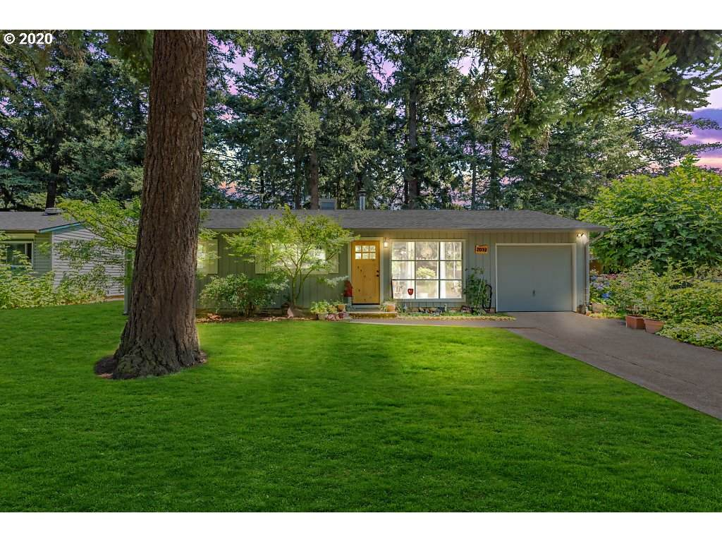 2032 147TH Ave - Photo 1