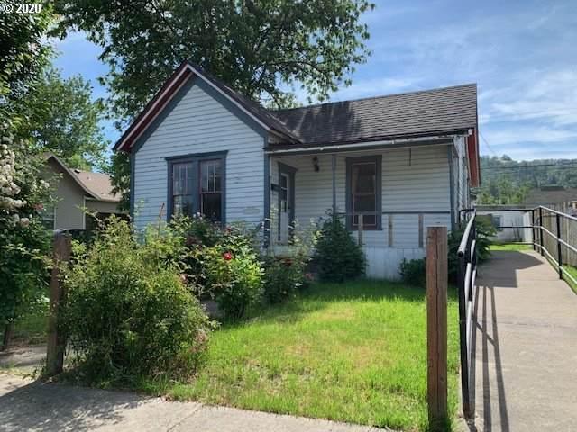1321 SE Mill St, Roseburg, OR 97470 (MLS #20379079) :: Premiere Property Group LLC