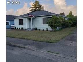 1855 Maple, North Bend, OR 97459 (MLS #20404972) :: McKillion Real Estate Group