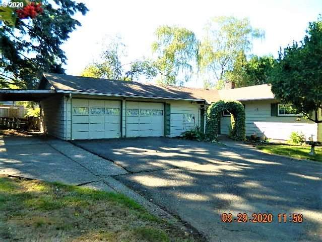 2765 SW 187TH Ave, Aloha, OR 97003 (MLS #20409722) :: Real Tour Property Group