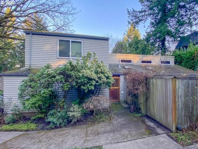 3140 SW Fairview Blvd, Portland, OR 97205 (MLS #20421573) :: McKillion Real Estate Group