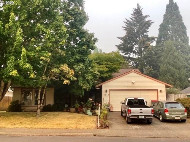 1245 SW Fellows St, Mcminnville, OR 97128 (MLS #20437708) :: Beach Loop Realty