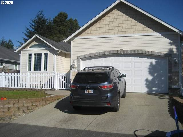 1180 Yew St, Florence, OR 97439 (MLS #20440211) :: Townsend Jarvis Group Real Estate