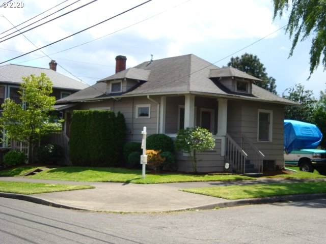 6106 S Hood Ave, Portland, OR 97239 (MLS #20450097) :: Holdhusen Real Estate Group