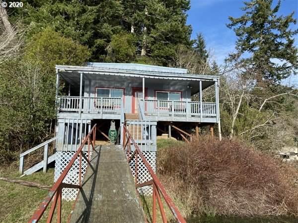 1408 N Tenmile Lake, Lakeside, OR 97449 (MLS #20453454) :: Fox Real Estate Group