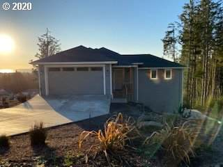 4015 SE Keel Way, Lincoln City, OR 97367 (MLS #20456383) :: Brantley Christianson Real Estate