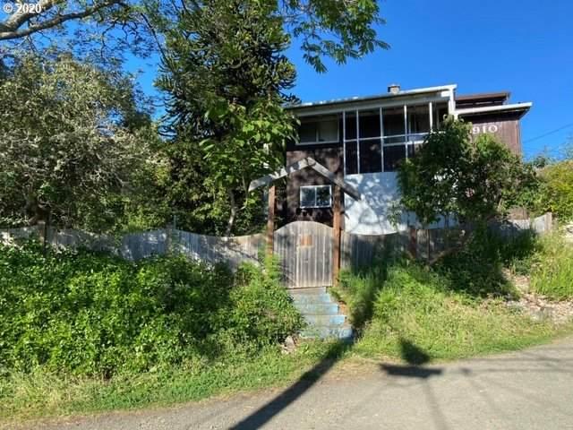 910 N Henry St, Coquille, OR 97423 (MLS #20480917) :: Beach Loop Realty