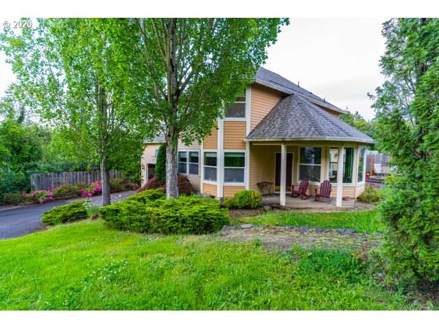 8570 SW 35TH Ave, Portland, OR 97219 (MLS #20482355) :: Holdhusen Real Estate Group