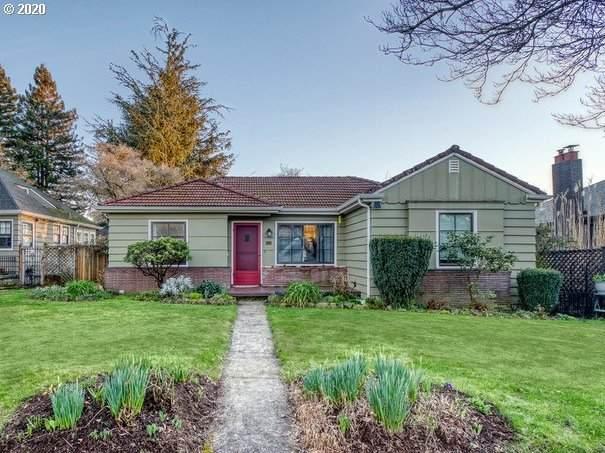 119 E 33RD St, Vancouver, WA 98663 (MLS #20511336) :: McKillion Real Estate Group