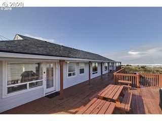 621 S Pacific, Rockaway Beach, OR 97136 (MLS #20524286) :: Townsend Jarvis Group Real Estate