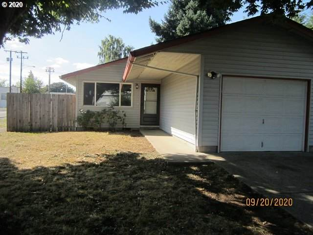 52263 SE 2ND St, Scappoose, OR 97056 (MLS #20530114) :: Townsend Jarvis Group Real Estate