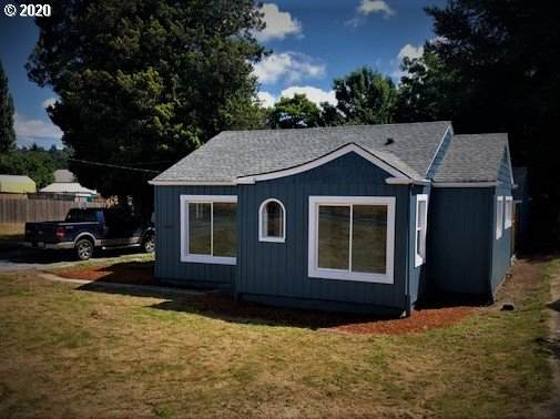 1622 Pacific Ave, Kelso, WA 98626 (MLS #20556268) :: Change Realty
