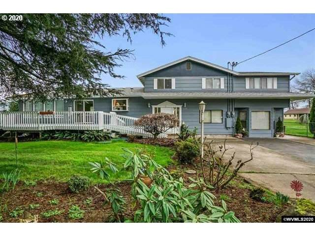 32525 Coburg Bottom Loop Rd, Eugene, OR 97408 (MLS #20557000) :: Homehelper Consultants