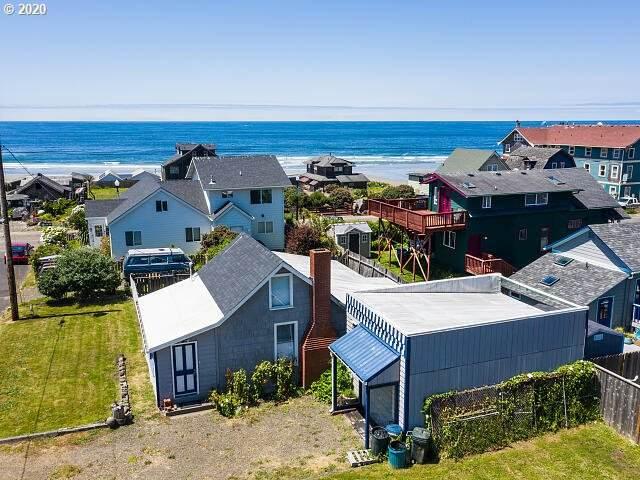 732 NW 2ND St, Newport, OR 97365 (MLS #20565547) :: Beach Loop Realty