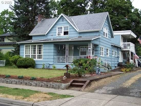 2212 B St, Forest Grove, OR 97116 (MLS #20600613) :: The Liu Group