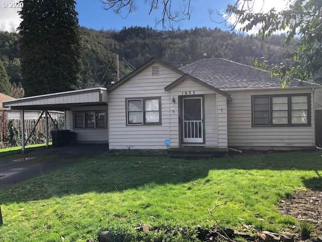 1653 W Catherine Ave, Roseburg, OR 97471 (MLS #20625116) :: Gustavo Group