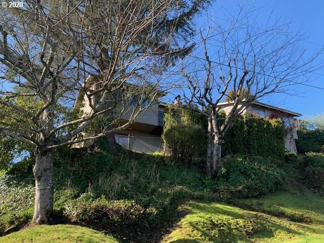 999 Harrison Ave, Astoria, OR 97103 (MLS #20630095) :: Duncan Real Estate Group
