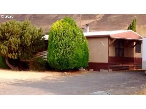 9225 Hwy 14, Wishram, WA 98673 (MLS #20630428) :: Cano Real Estate