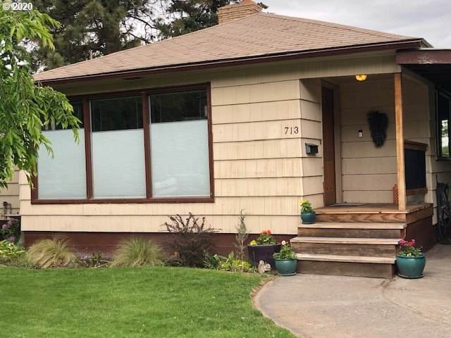 713 Pierce St, Milton-Freewater, OR 97862 (MLS #20630667) :: Change Realty