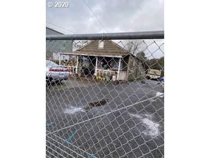 8303 SE Brooklyn St, Portland, OR 97266 (MLS #20636025) :: TK Real Estate Group