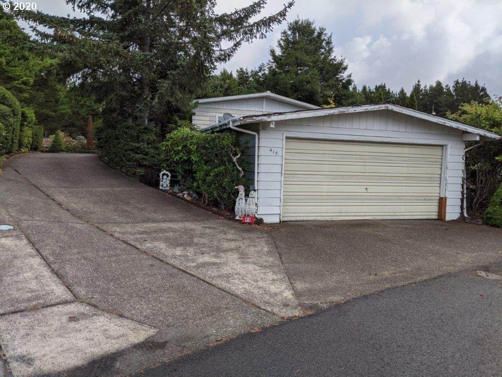 1600 Rhododendron Dr - Photo 1