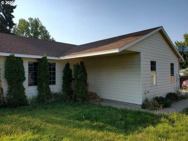 1102 Bryan St, Cove, OR 97824 (MLS #20688591) :: Cano Real Estate