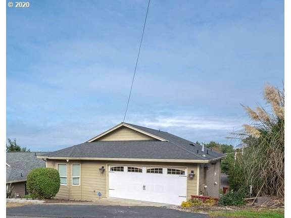 1627 NW 25TH St, Lincoln City, OR 97367 (MLS #20692195) :: Holdhusen Real Estate Group