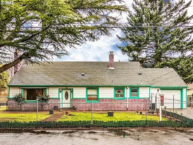 13501 SE Harold St, Portland, OR 97236 (MLS #21028082) :: Fox Real Estate Group