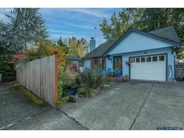 1740 16TH Ave, Albany, OR 97321 (MLS #21037440) :: The Haas Real Estate Team