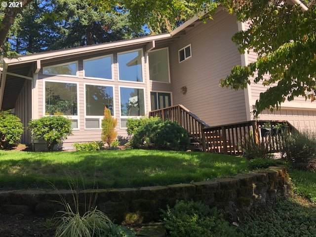 9995 SW Coquille Dr, Tualatin, OR 97062 (MLS #21048126) :: Lux Properties
